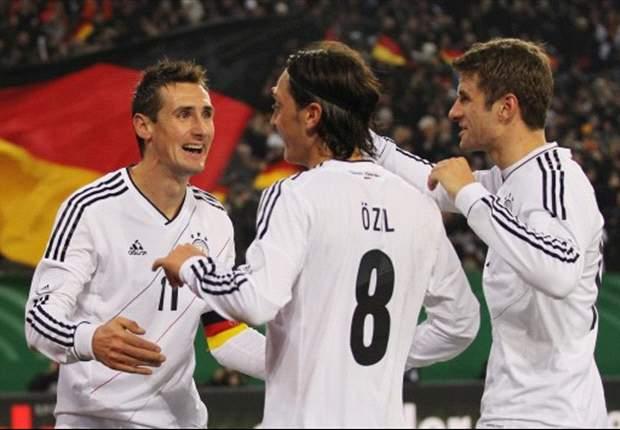 Geen Özil en Klose tegen Oranje