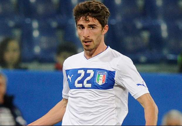 Borini plays down Liverpool link