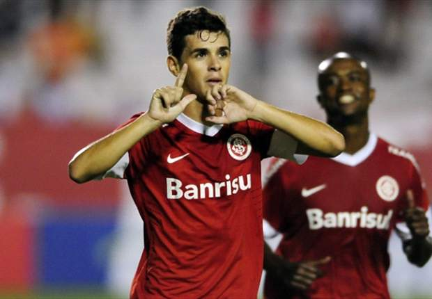 Oscar ordered to return to Sao Paulo after CBF ruling