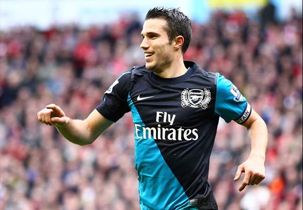 Wenger will convince Van Persie to stay at Arsenal - former boss Rioch