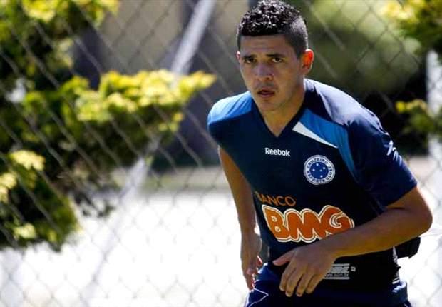 Diego Renan quer aproveitar nova chance como titular