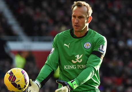 Schwarzer plays in Leicester win