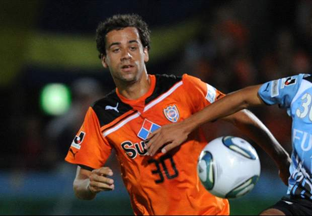 Opinion: Nod to the wise as Alex Brosque's Japan move justified by Socceroos role