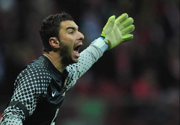 Sporting Lisbon goalkeeper Rui Patricio hits back at Dzeko following Europa League antagonism