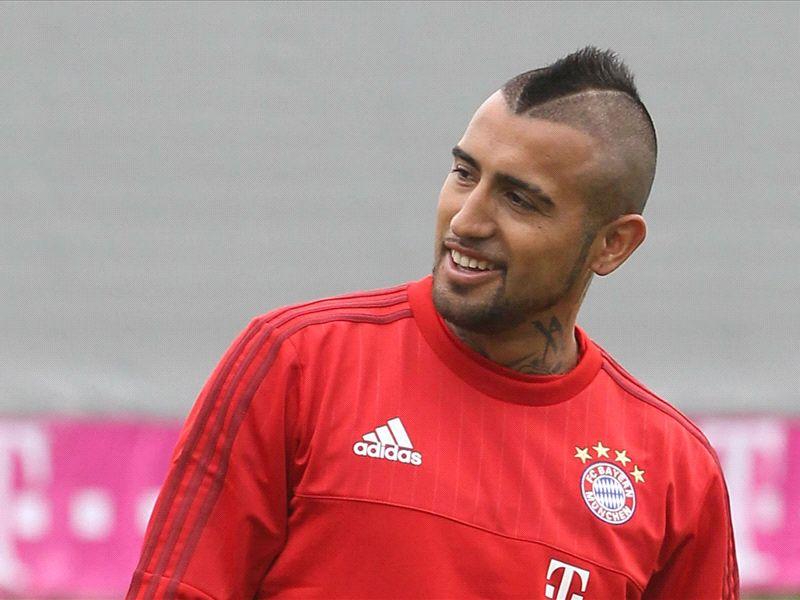 Costa welcomes Vidal to Bayern Munich with slick nutmeg