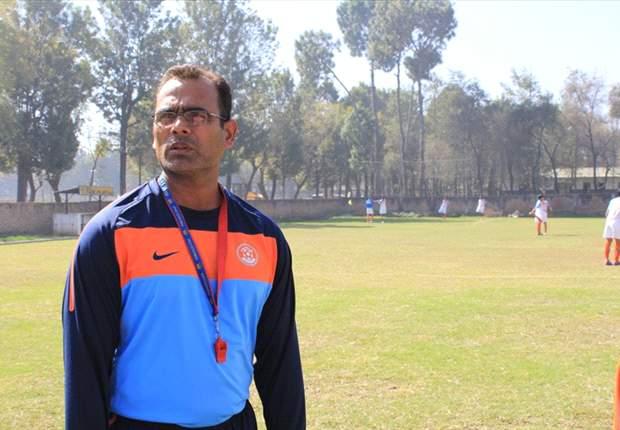 Challenge Cup 2012: India coach Savio Medeira urges defense to stay alert against Tajikistan
