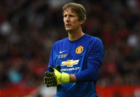 Who's in Van der Sar's six-a-side team?