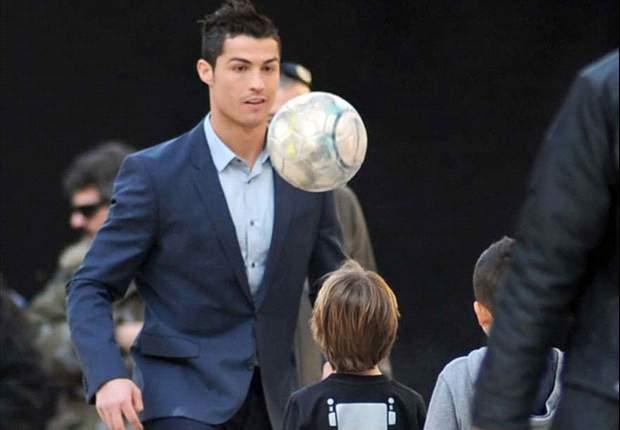Así sorprendió el crack del Real Madrid, Cristiano Ronaldo, a un grupo de niños