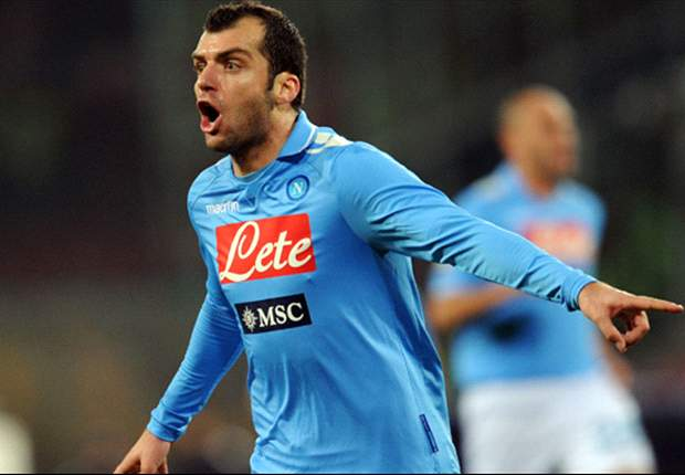 Official: Napoli signs Pandev from Inter