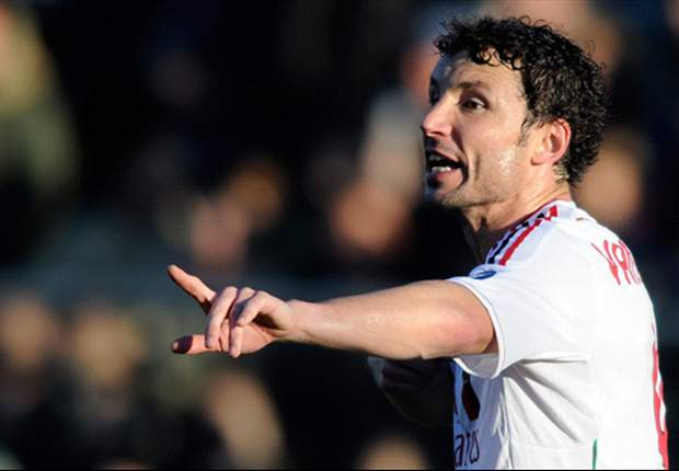 Agent: Van Bommel willing to take wage cut to return to PSV
