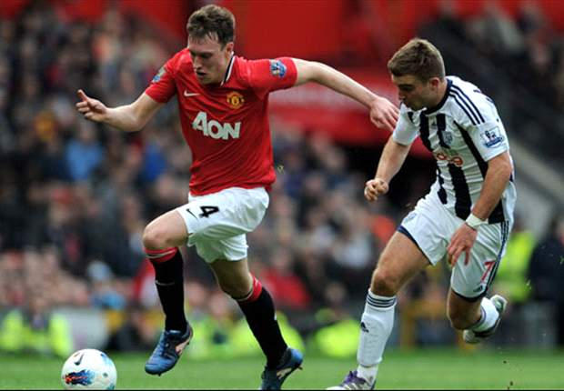 Phil Jones Berharap Manchester United Menangi Derby