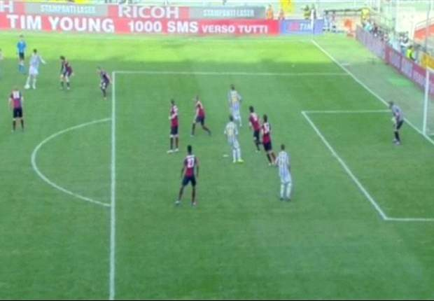"""La Juve tace, ma non tutti: """"Che i rigori non ce li fischiano è ormai scritto nel regolamento, ma almeno i goal buoni..."""". Ma gli arbitri non ci stanno: """"Rizzoli e Cariolato perfetti! Solita Juve..."""""""
