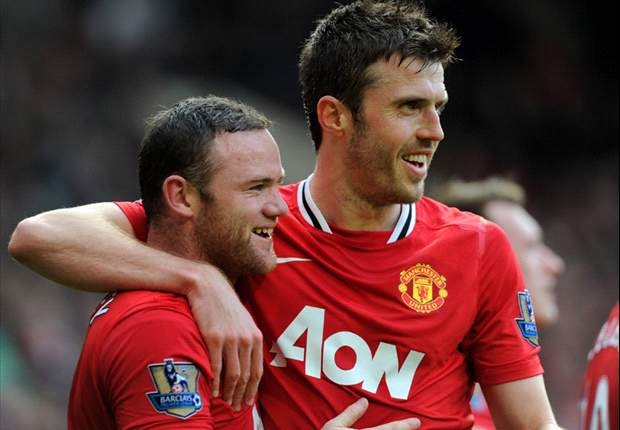 Carrick hails 'untouchable' Rooney