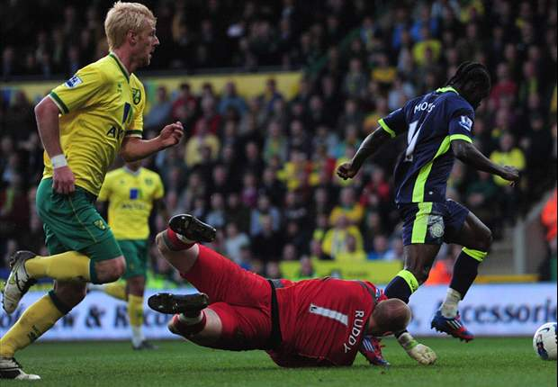 Norwich 1-1 Wigan: Moses earns point after Hoolahan opener but Latics stay rooted to bottom