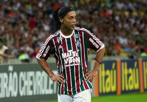 Ronaldinho targets title after Fluminense debut