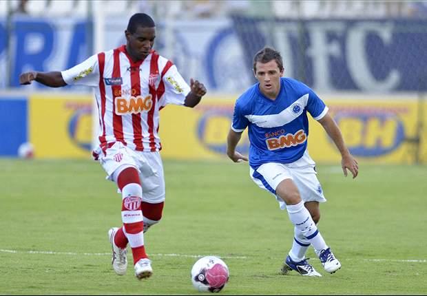 Cruzeiro tem aproveitamento de quase 70% sem Montillo, que é dúvida contra o Atlético-PR