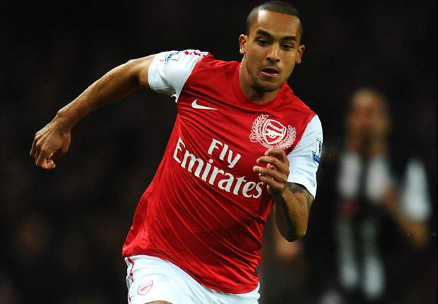 Arsenal star Walcott aims to be less 'one-dimensional'