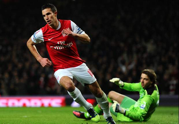 Manchester United veteran Owen selects Arsenal's Van Persie as PFA player of the year