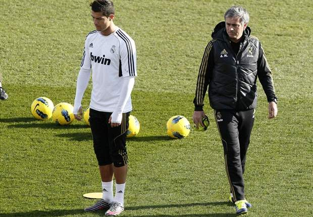 Cristiano Ronaldo regresa a los entrenamientos del Real Madrid y se ve con José Mourinho