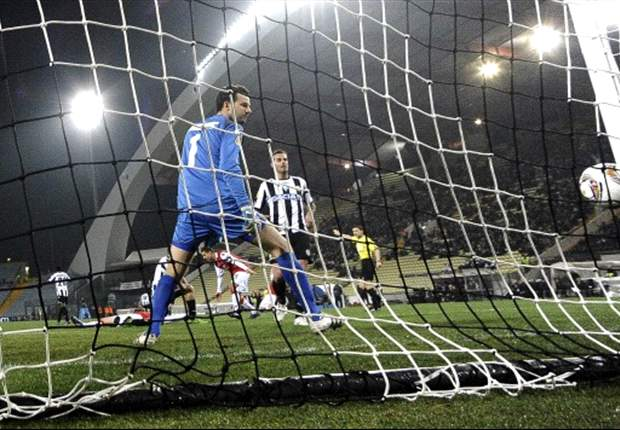 Udinese 2-1 AZ (Agg 2-3): Di Natale double not enough as 10-man Dutch secure progression to quarter-finals