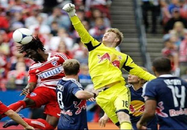 Red Bulls sign goalkeeper Meara to new contract
