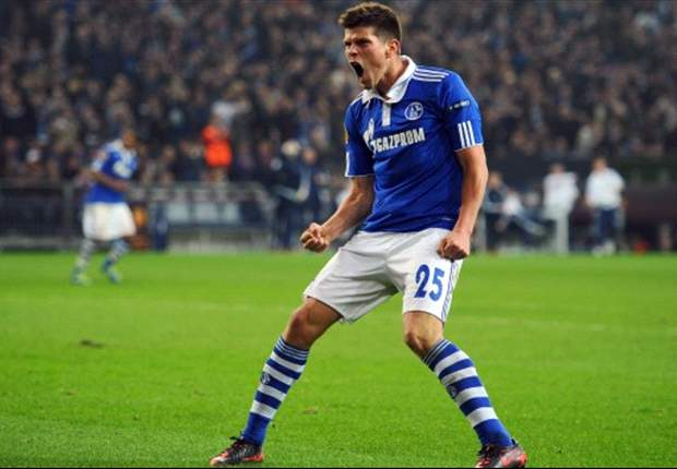 Schalke prepare £17.5 million contract offer for Huntelaar - report