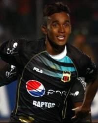 F. Martínez, Ecuador International