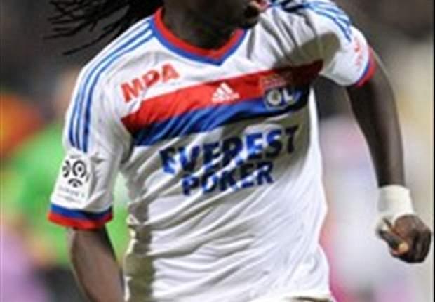 Bafetimbi Gomis dismisses idea of leaving Lyon