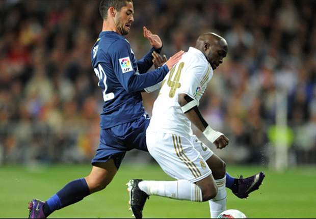 Real Madrid players wear t-shirts supporting Abidal and Muamba