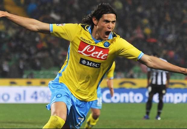 """Cavani esalta Mazzarri e guarda al futuro del Napoli: """"L'anno prossimo la squadra può diventare ancora più forte"""""""