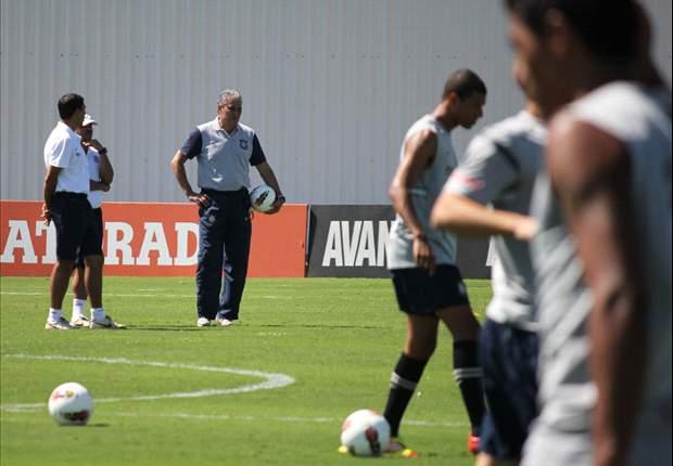 Timão enfrenta o Santos com cinco alterações