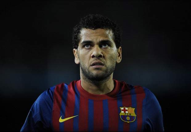 'I intend to fulfil Barcelona contract' - Dani Alves