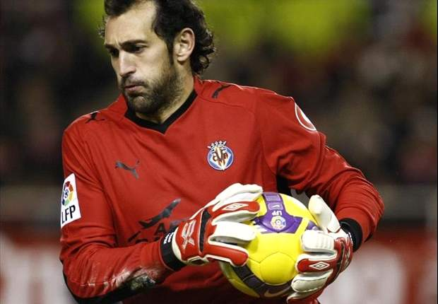 It was worth joining Sevilla, even if I had to take a pay cut, says Diego Lopez