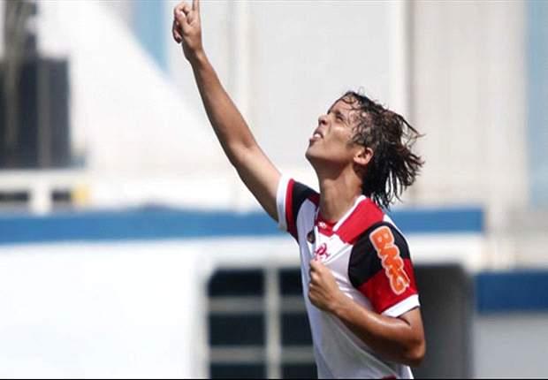 Talentos de Importación: Ronaldinho está entrenando a su sucesor, Douglas Baggio