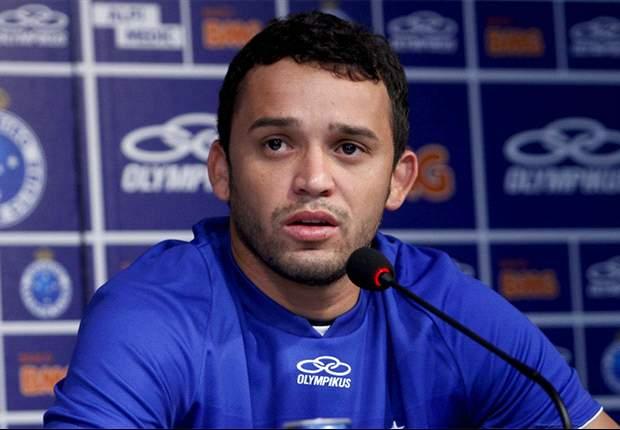 """Charles: """"Cruzeiro sabe o que precisa"""""""