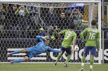 Seattle Sounders FC 2-0 Houston Dynamo: David Estrada scores - again