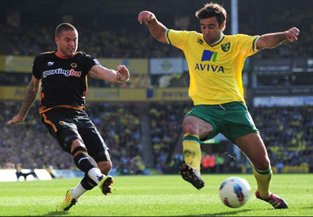Norwich City 2-1 Wolves: Holt at the double as Canaries come from behind to beat struggling Wolves