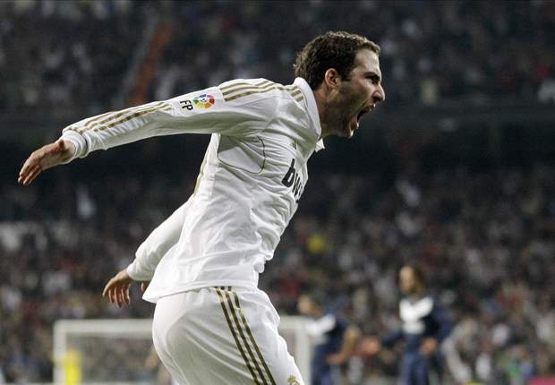 I was thrilled that 80,000 people told me I should stay at Real Madrid, reveals Higuain