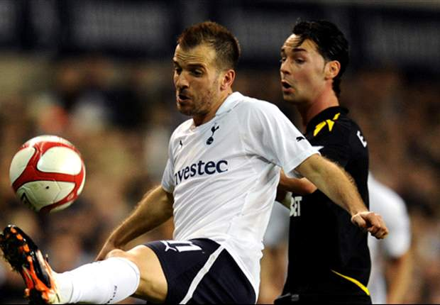 Van der Vaart reveals relief at Tottenham's opening goal against Bolton