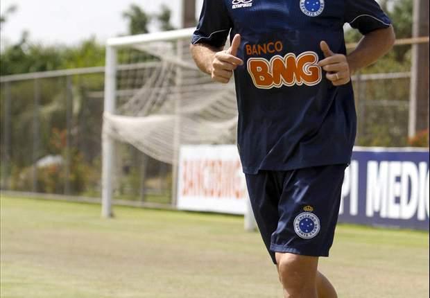 Montillo aceita atuar como atacante no Cruzeiro