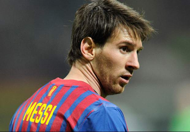 Barcelona's Messi reaches 60 goals with Zaragoza double