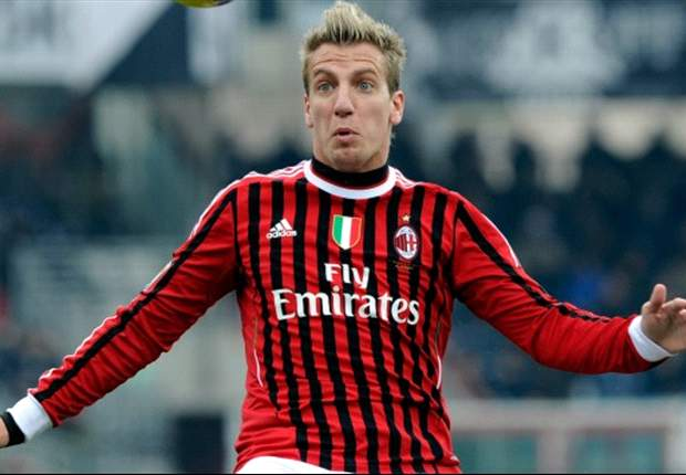 Maxi Lopez: AC Milan must bounce back from defeat to Fiorentina