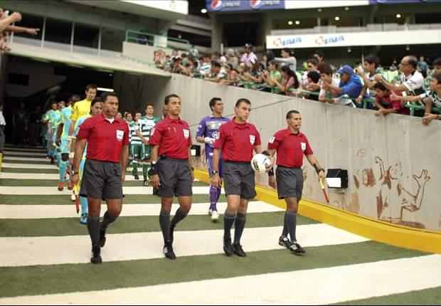 Joel Aguilar de El Salvador, árbitro para el México-Panamá