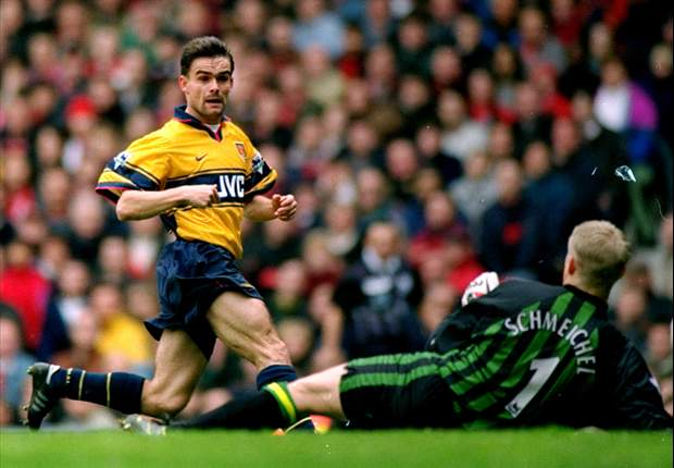 Overmars open to Arsenal role in the future