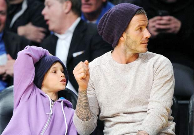 Zoontje Beckham is fan van Arsenal