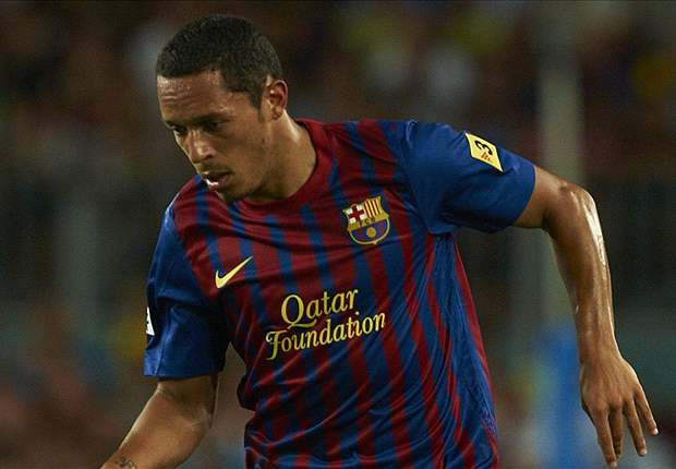 Barcelona's Adriano: We believe we can win La Liga