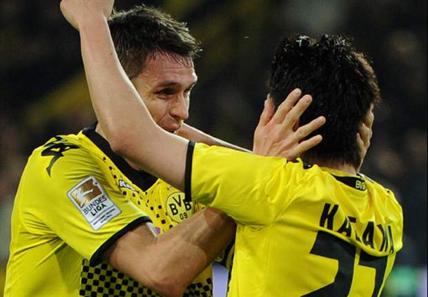 Kagawa praises team-mates after setting new record for Japanese goal-scorers