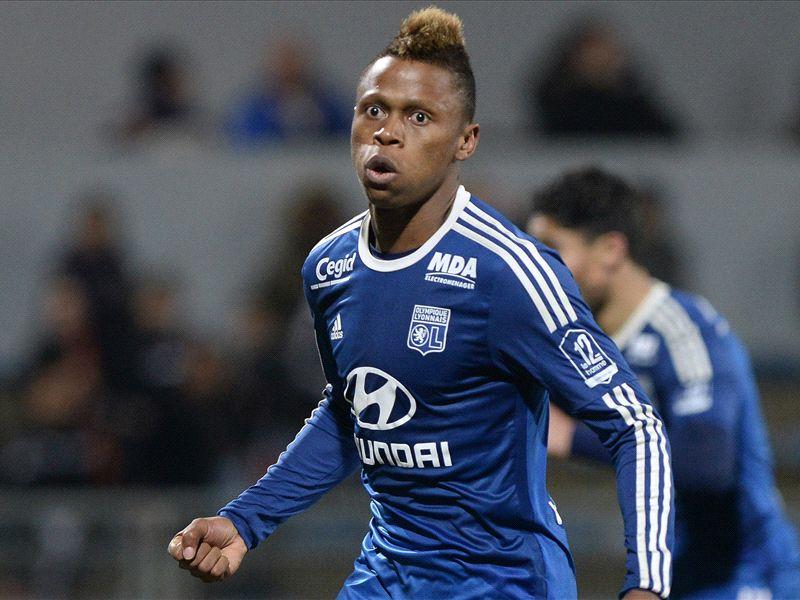Tottenham steps up $54 million triple attacker swoop