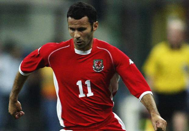 Giggs disappointed with Beckham Team GB snub