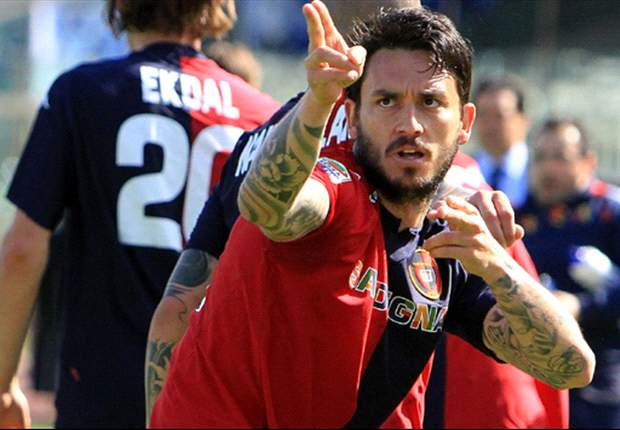 """Pinilla prende per mano il Cagliari: """"Mi hanno rigenerato, darò tutto per questa maglia"""". Ma poi svela un futuro a tinte nerazzurre: """"Un personaggio importante dell'Inter mi ha detto che..."""""""